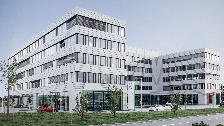 Automobilzentrale Rhein-Main - Außenansicht seitlich