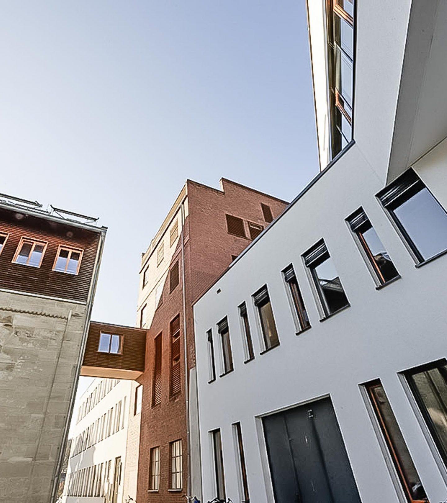 Hochschule Coburg - Außenansicht Übergang zu Hofbräuhaus