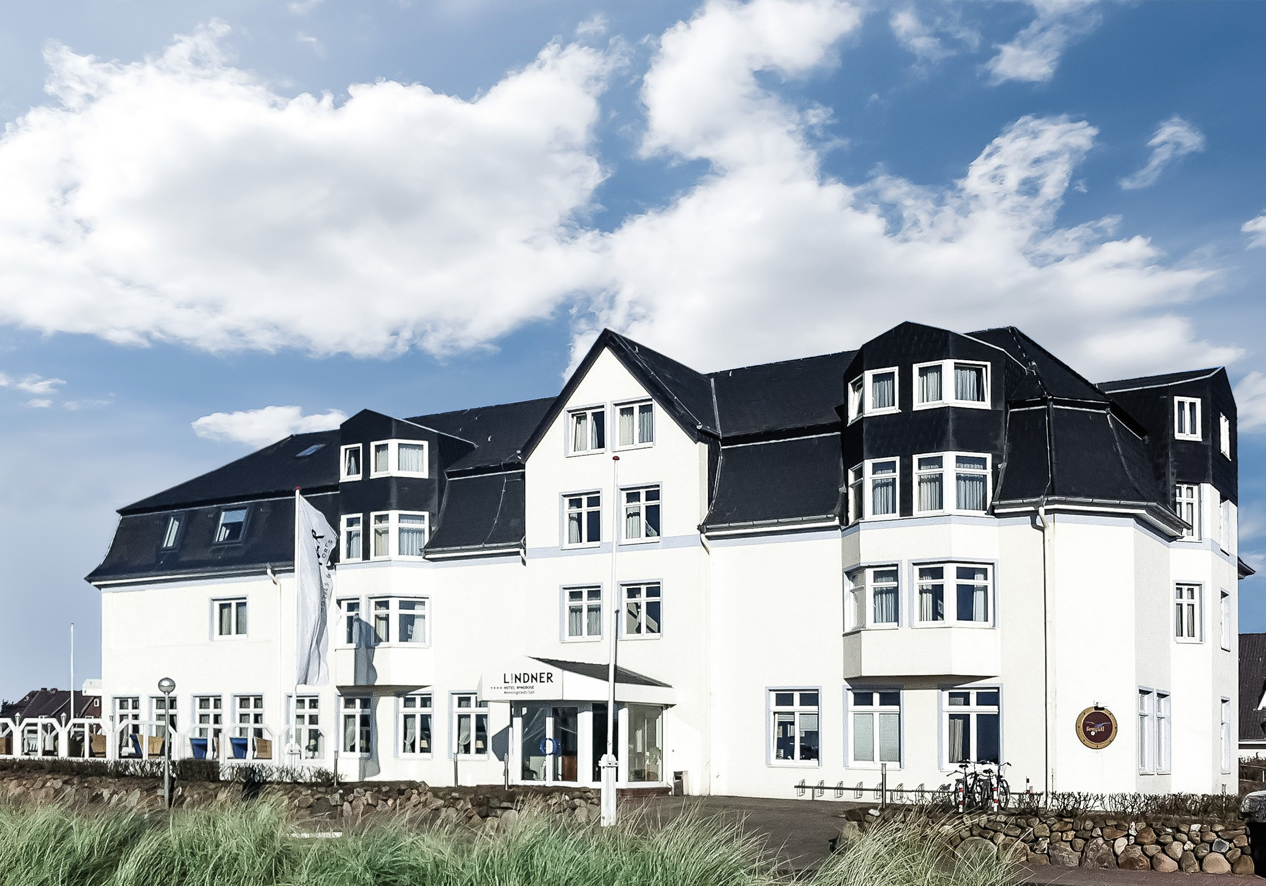 Hotel Windrose Sylt - Außenansicht gesamtes Gebäude