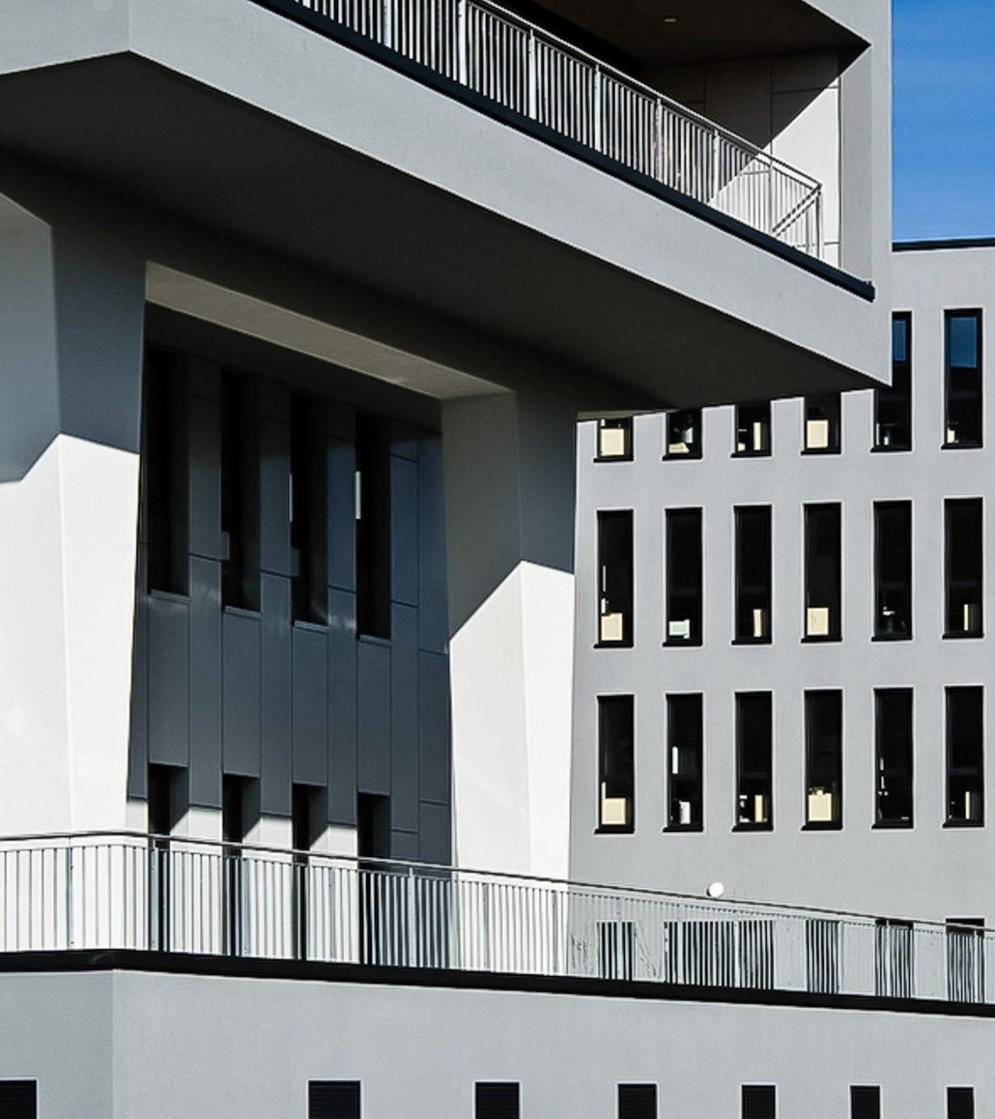 Ludwig-Erhard-Straße Oberursel - Außenansicht Detail