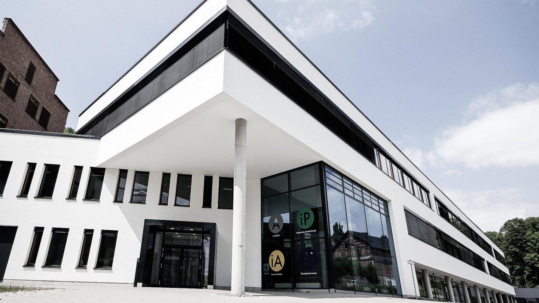 Paribus Hochschulportfolio Bayern - Außenansicht Design-Campus Hochschule Coburg