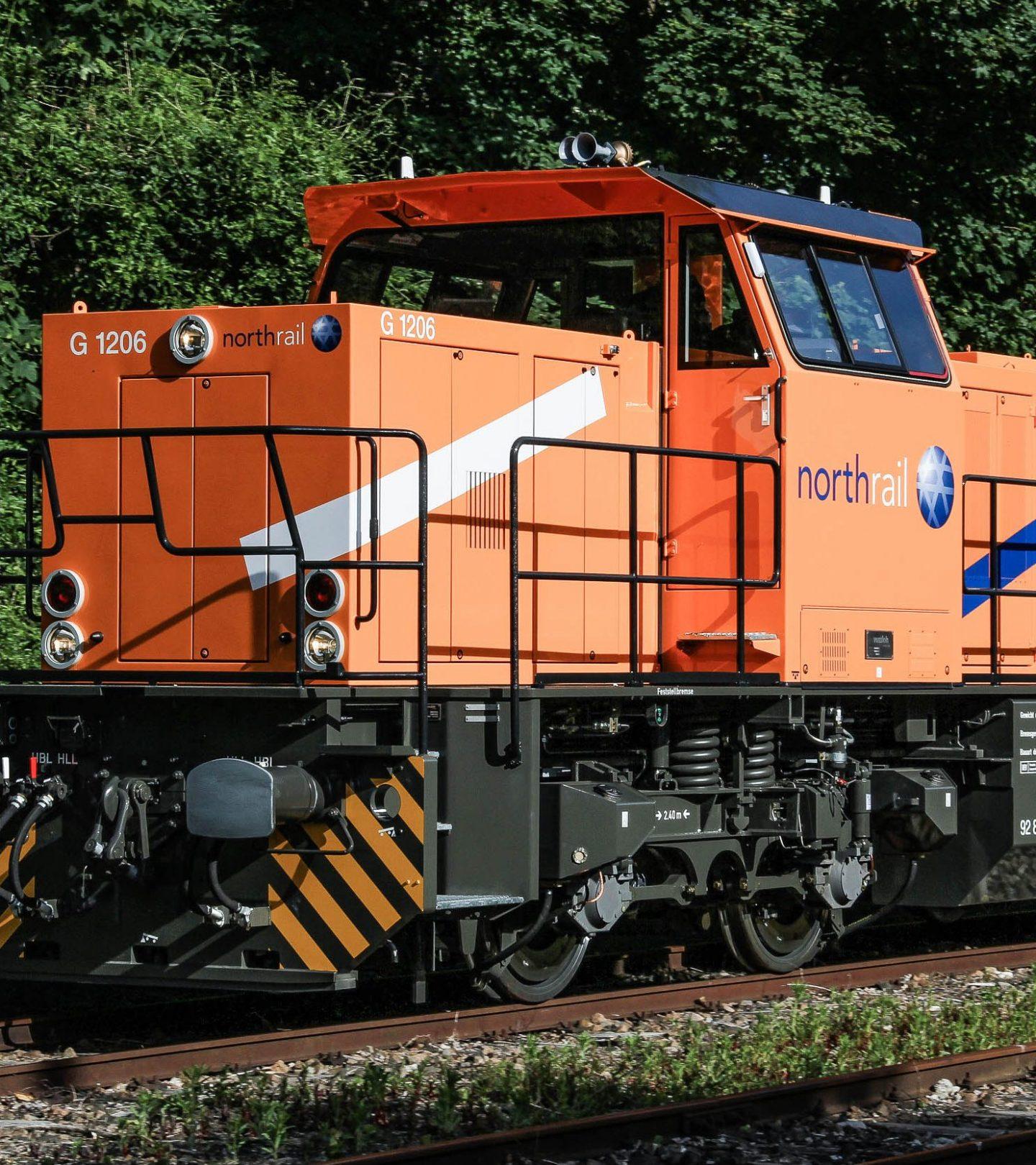 Paribus Rail Portfolio I - northrail-Lokomotive im Wand