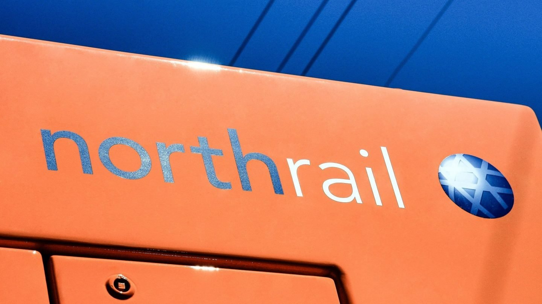 Paribus Rail Portfolio III - Detailaufnahme northrail-Logo auf Lok