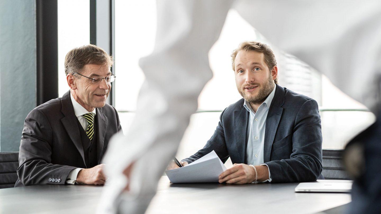 Mitarbeiter der Paribus Kapitalverwaltungsgesellschaft im Gespräch