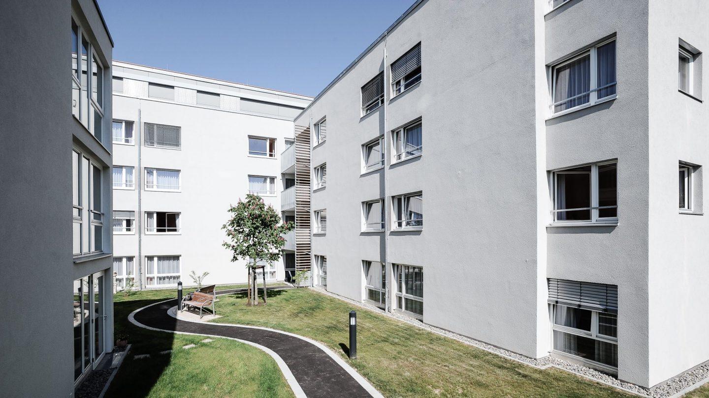 Pflegeheim Haus Melchior Esslingen - Außenansicht Gartenseite