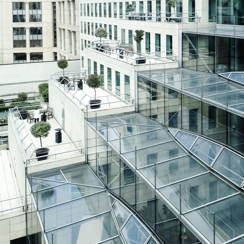 Rue Ybry Paris - Außenansicht mit Terrassen